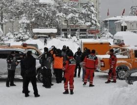 Arama kurtarma ekipleri onları arıyor