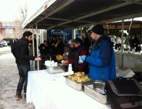 Final haftasında öğrencilere sıcak çorba