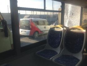 Halk otobüsüne mermi isabet etti: 1 yaralı
