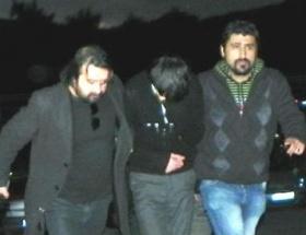 Cezayirli hırsız yakayı ele verdi