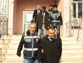 Rüşvetci tapu müdürü tutuklandı