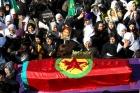 Diyarbakırda PKKlı kadınlar için tören düzenledi