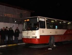 Üsküdarda iki otobüs arasında can pazarı