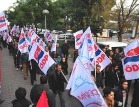 İzmirde Savaşa Hayır yürüyüşü