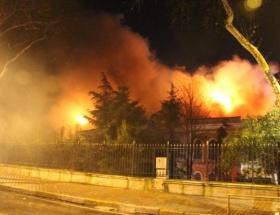 Galatasaray Üniversitesi kül oldu