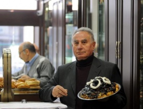 İnci Pastanesi yeniden açıldı