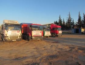 Suriyeli sığınmacılara 7 TIR yardım