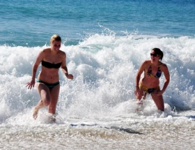 Antalyade tatil sezonu açıldı