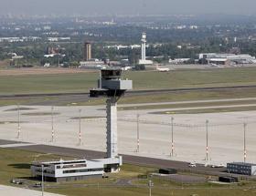 Berlinde havalimanı skandalı