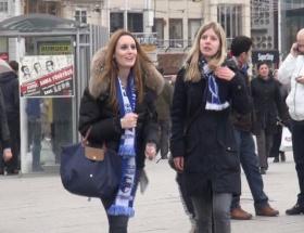 Schalke taraftarı Taksimde!