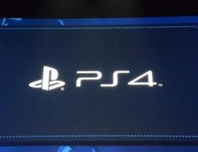 PlayStation 4 yarı yarıya görücüye çıktı