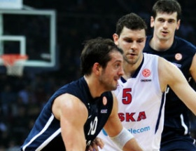 Anadolu Efes, CSKA Moskovayı devirdi