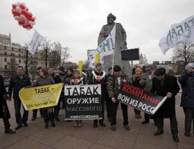 Sigara yasağı Rusyada da onaylandı