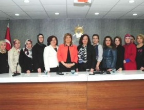 Siirtte kadınlar Başbakan için dua etti