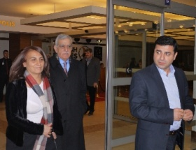 Kandil, Öcalana mektupla yanıt verdi