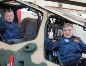 Yeni helikopterin ilk pilotları