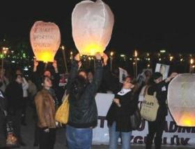 Tutuklu kadınlar için meşaleli yürüyüş