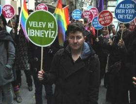 Kadınlar günü kutlamasında eşcinsel tepki