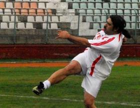 İlk maçta golünü attı
