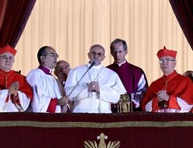 Papa silah tüccarlarına çattı