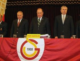 Galatasarayda divan kurulu toplantısı yapıldı
