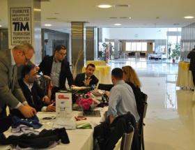 Polonyalılar Bursa tekstilini yerinde inceledi