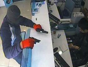 Banka soyan zanlı tutuklandı