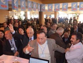 DSP kongresinde kavga