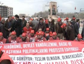 DİSK operasyonları protesto etti