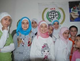 Suriyeli yetim çocuklara yardım eli