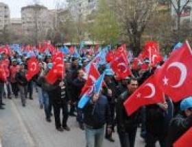 Eskişehirde 1500 metal işçisi yürüdü