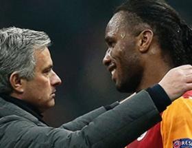 Mourinho Drogbayı geri istiyor