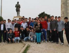 Liseli öğrenciler Çanakkaleyi gezdi