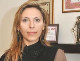 Kadın avukata polis şiddeti iddiası