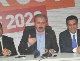 CHP bana göre siyasi parti değildir