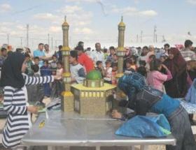 Çadır kentte 23 Nisan kutlaması
