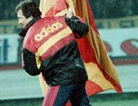 Galatasaray bayrağını neden dikti?