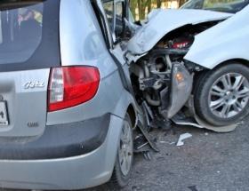 Tatvanda trafik kazası: 14 yaralı