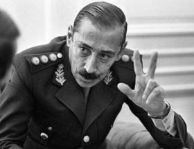 Bir diktatör daha öldü