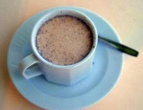 Datça bademinden kahve