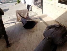 Osman Bey anıtına çirkin saldırı!