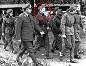 Merkelin askerlik fotoğrafı ortaya çıktı